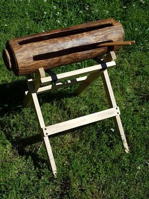 krin stand to hold log drum